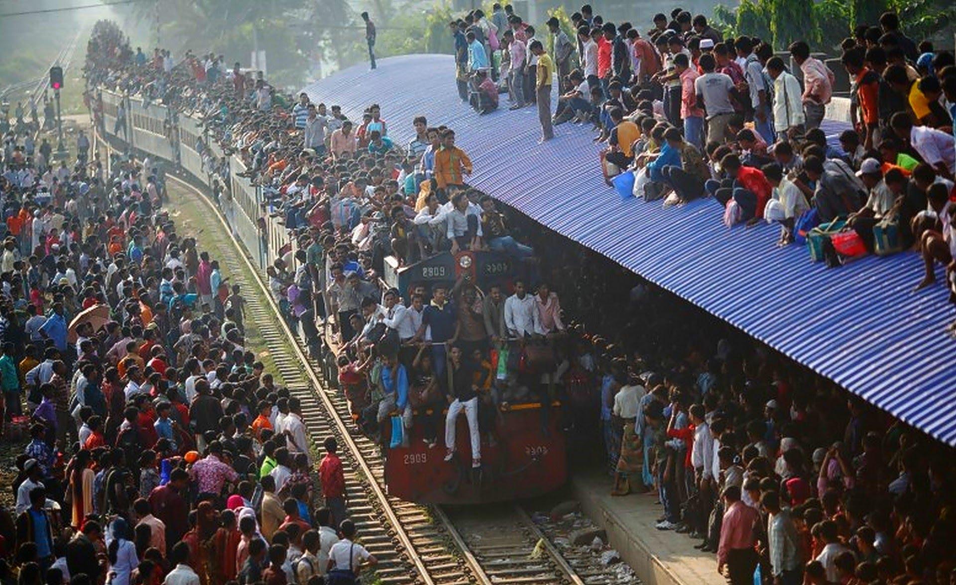 Dangerous Bangladesh Train Ride