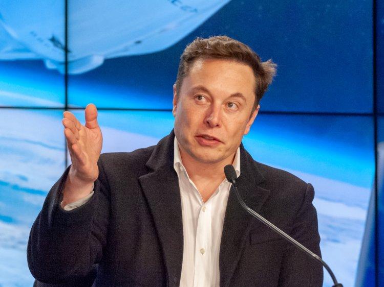 Elon Musk presenting
